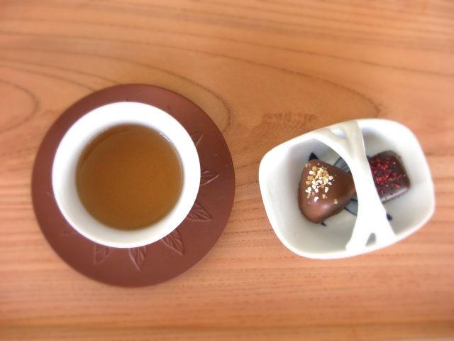 ほうじ茶とチョコ2